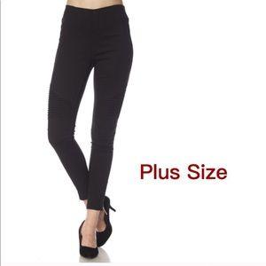 Pants - Plus Size moto leggings in black